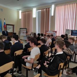 Выставка экспозиций строительного факультета в МБОУ Лицее при УлГТУ